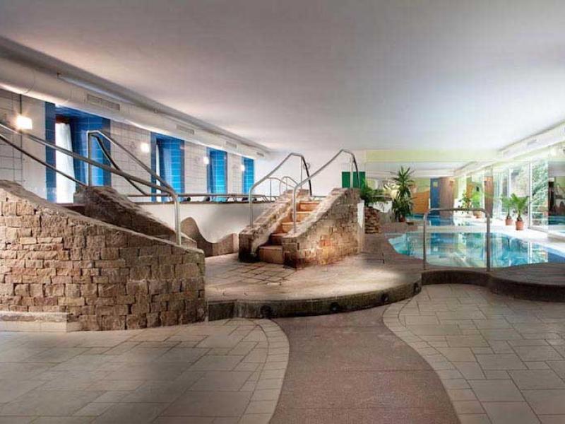 terme di rabbi la piscina