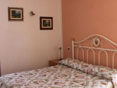 appartamento arnica trilocale camera matrimoniale