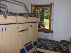cameretta appartamento trilocale arnica