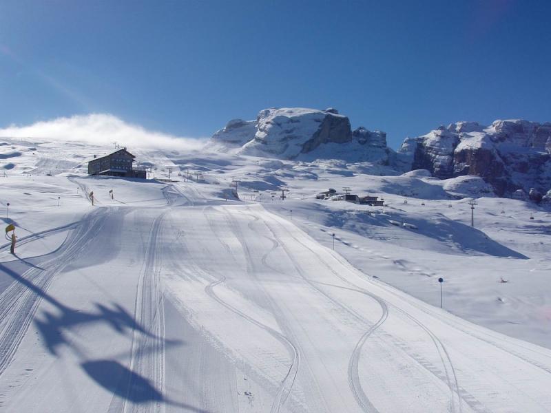 sciare nelle dolomiti di brenta